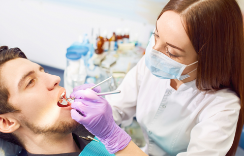 4 reasons to consider dental exam and teeth cleaning